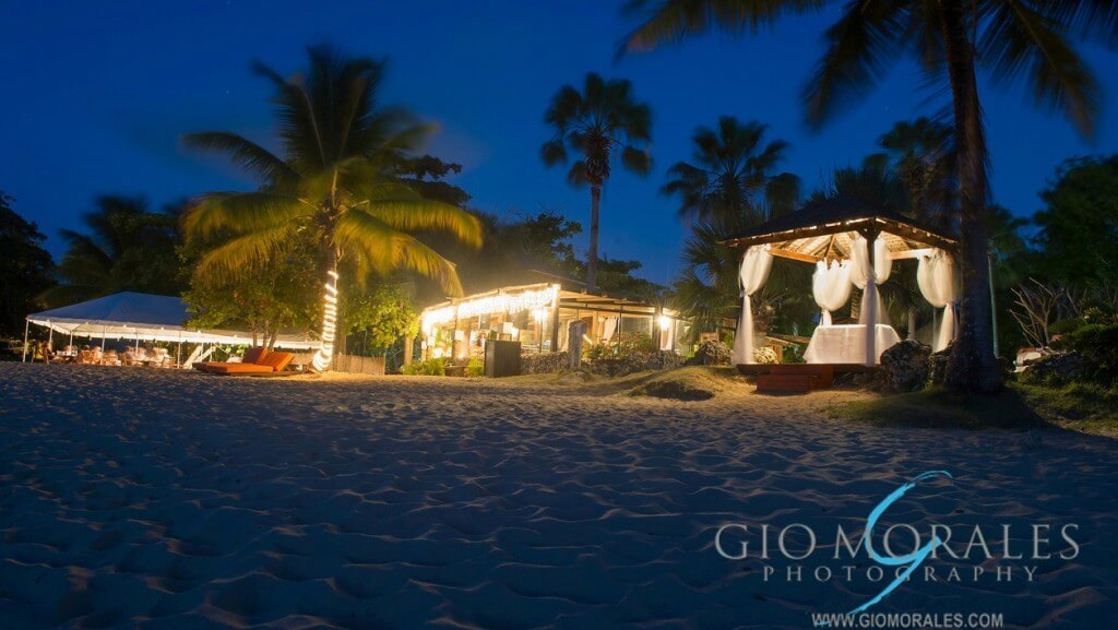 Jeremie Cruz Villa Montana Beach Resort Nightshot From